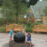 Destination: Landscape: Nurturing visitor interest through creative park design